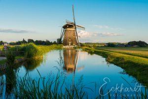 Molen in het Nederlandse landschap